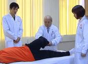 中国骨伤十大名老中医韦贵康来扶正堂施教