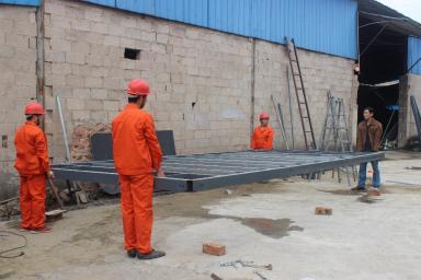 可拆装式集装箱房制作流程