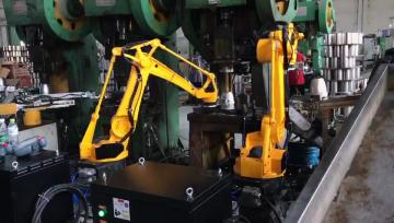 四轴关节机器人现场视频(3)